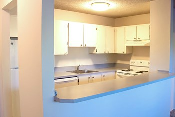 3737 SW 87th Avenue 1-2 Beds Apartment for Rent Photo Gallery 1