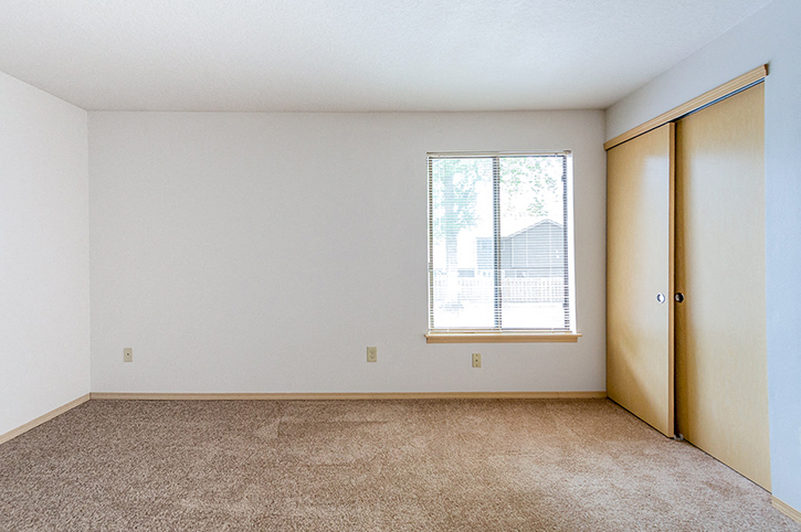 Pacific: 2 Bed, 1.5 Bath Townhome