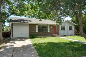 900 Morgan Drive 3 Beds House for Rent Photo Gallery 1