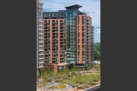 North Bethesda Luxury Apartments