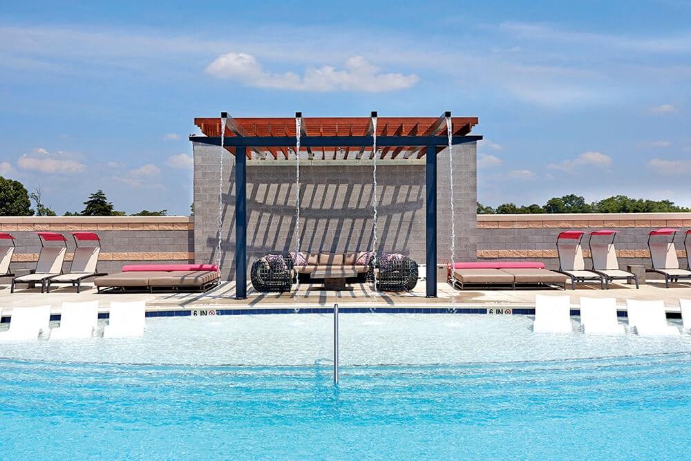 Resort Style Pool Apartment Amenity