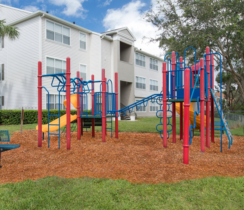 Apartments in Deland, FL | Hunters Creek Apartments