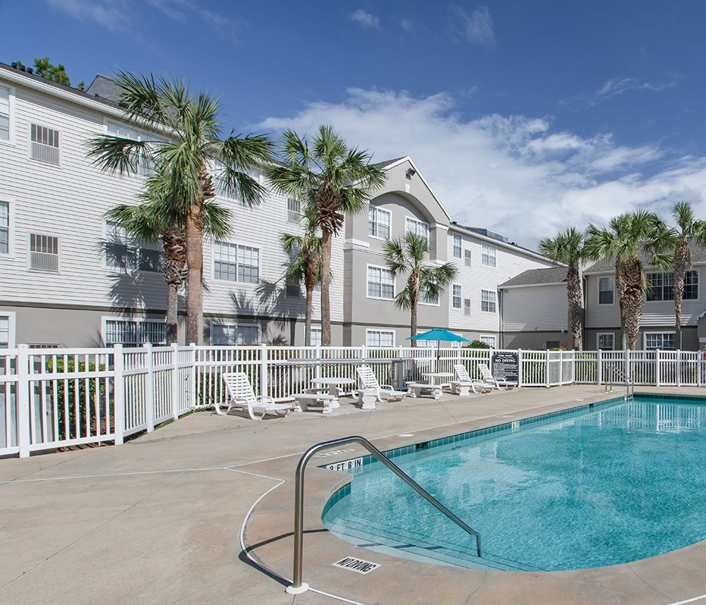 Lexington Club at Hunters Creek Apartments for rent in Deland, FL. Make this community your new home or visit other ConcordRENTS communities at ConcordRENTS.com. Resort-style pool
