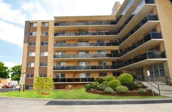 700 Ross Street 1-2 Beds Apartment for Rent Photo Gallery 1