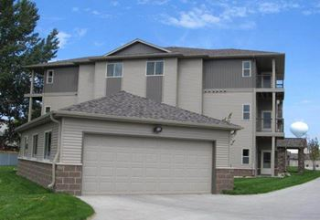 3601 University Drive S 1-3 Beds Apartment for Rent Photo Gallery 1
