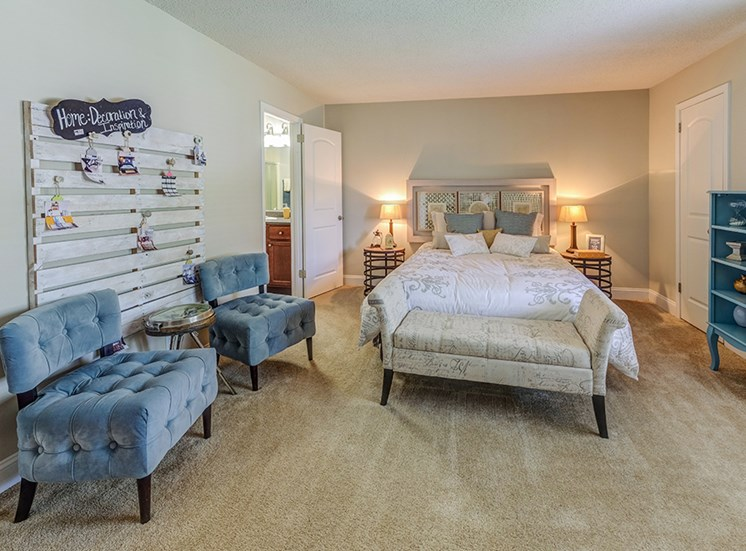 Signature Series Master Bedroom at Somerset Lakes