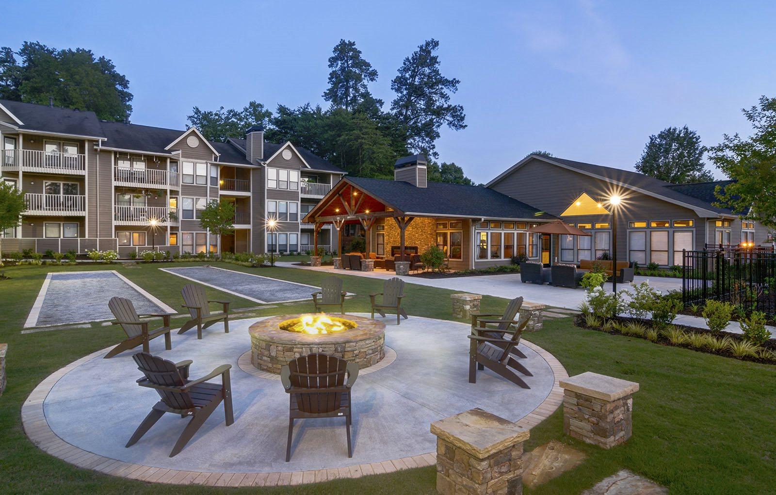 The Arbors at Breckinridge Apartment Homes | Apartments in