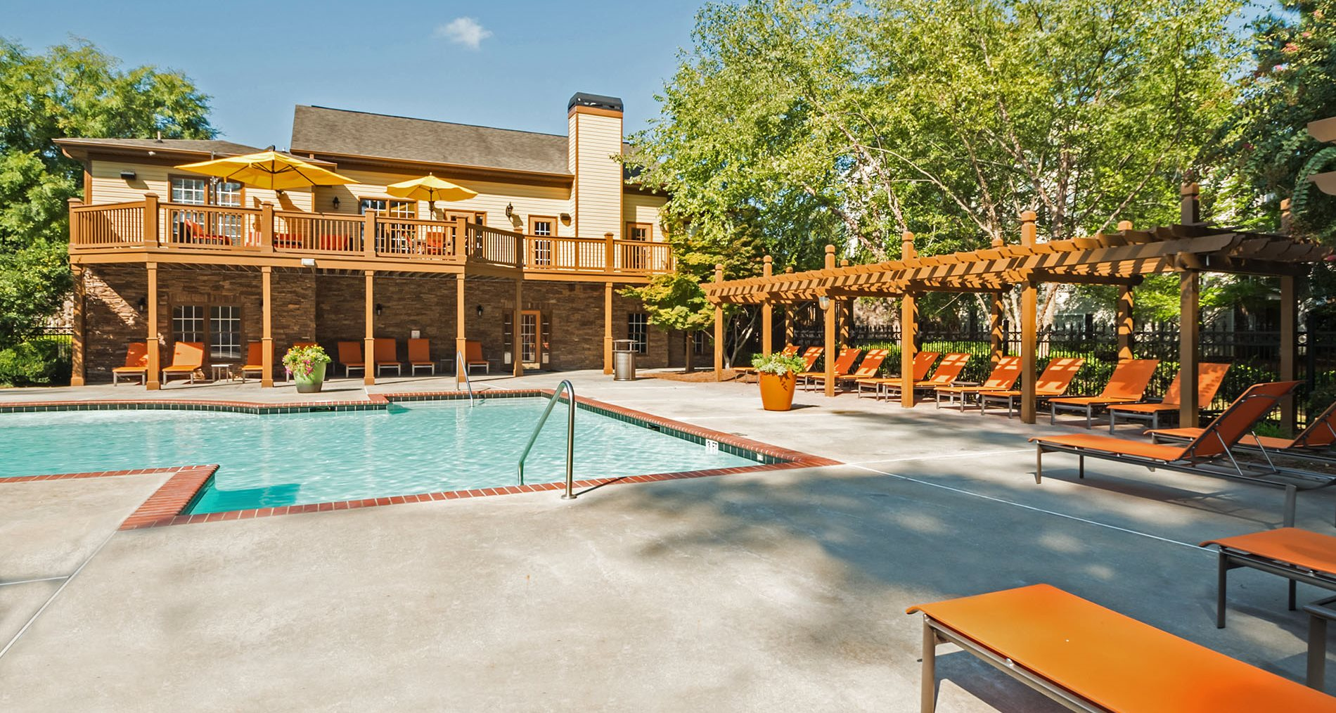 brentwood downs apartments in lilburn ga