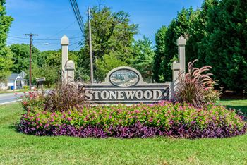 445 Stonewood Drive 1-2 Beds Apartment for Rent Photo Gallery 1