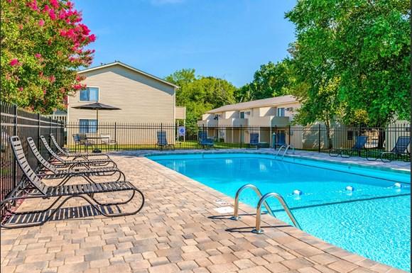 Stonewood Apartments, 445 Stonewood Drive, Mooresville, NC ...