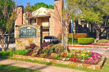 5800 Preston Oaks Rd 1-2 Beds Apartment for Rent Photo Gallery 1