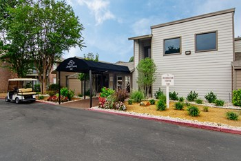 5580 Harvest Hill Rd. 1-2 Beds Apartment for Rent Photo Gallery 1