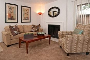 Lincoln Village Apartments for Rent - Sacramento, CA ...