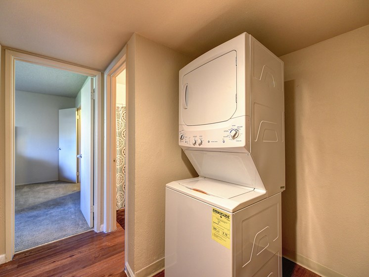 Luxury Apartment In Unit Washer Dryer for Laundry