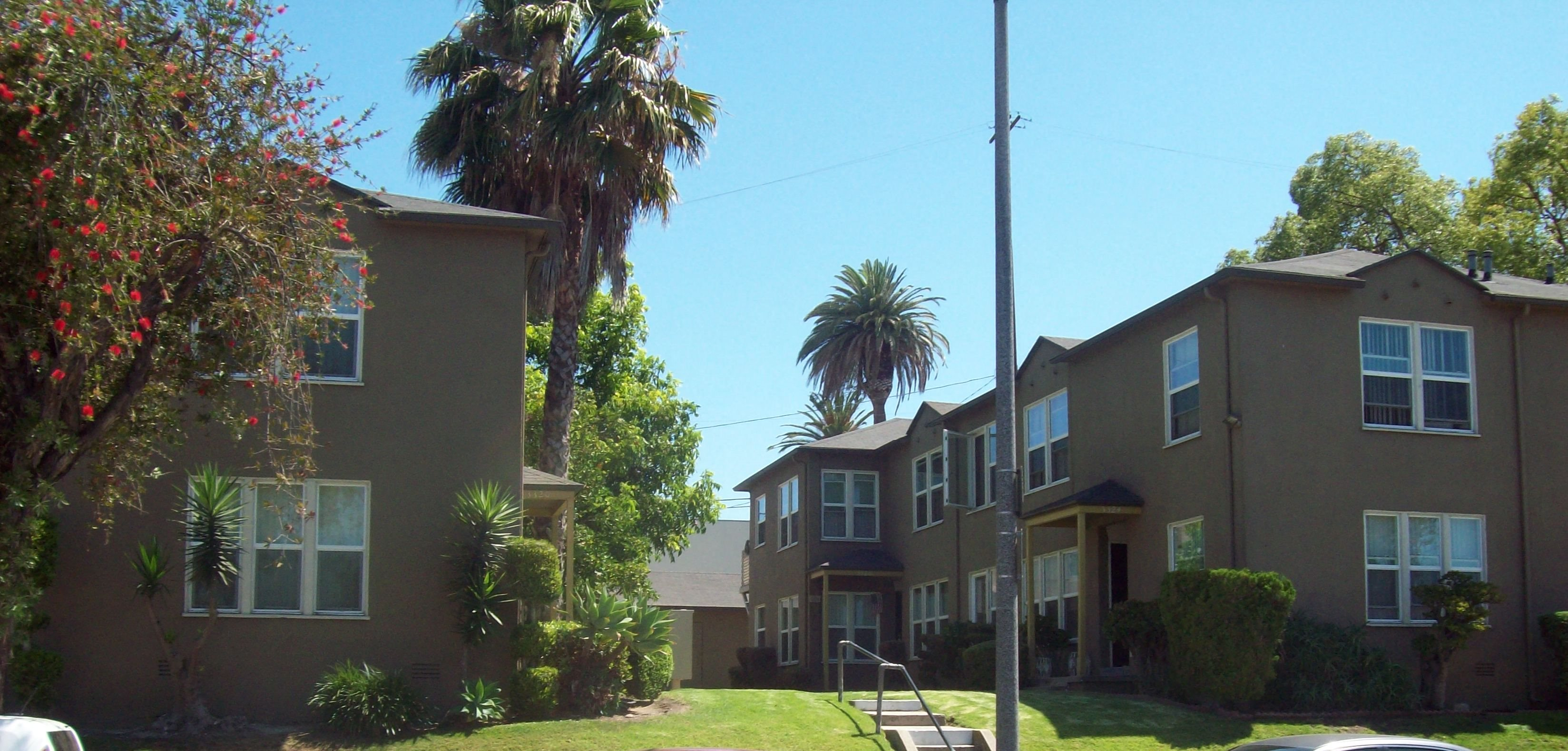Crenshaw Terrace Apartments In Los Angeles Ca