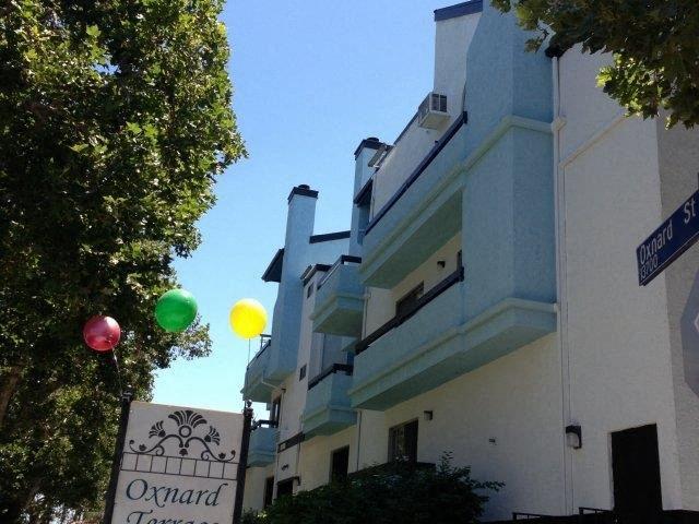 Oxnard Terrace outside of community