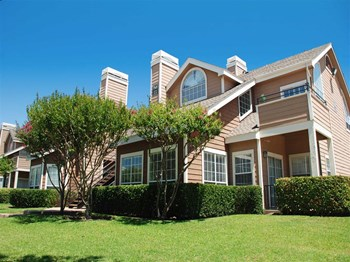 9500 E Valley Ranch Pkwy 1-2 Beds Apartment for Rent Photo Gallery 1