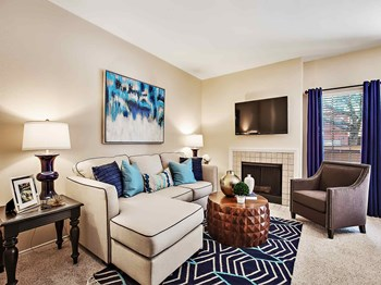 3330 Country Square Dr 2 Beds Apartment for Rent Photo Gallery 1