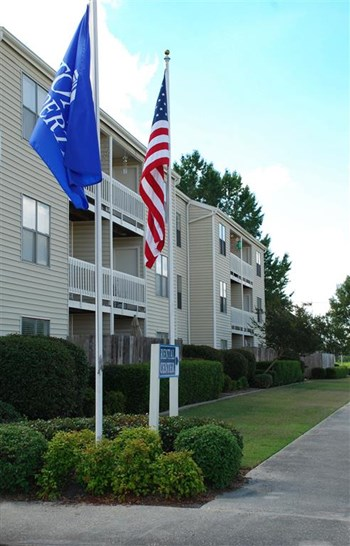 1952 Ormond Blvd 1-2 Beds Apartment for Rent Photo Gallery 1