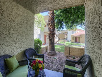 208 E Baseline Rd 1-2 Beds Apartment for Rent Photo Gallery 1