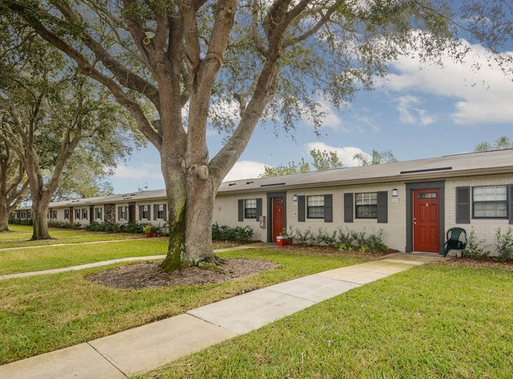 Veridian Townhomes apartments Melbourne, FL 32935 nice community of apartment homes