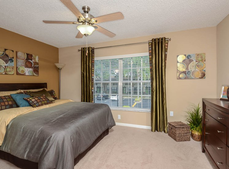 Veridian Townhomes apartments Melbourne, FL 32935 ceiling fans in bedrooms