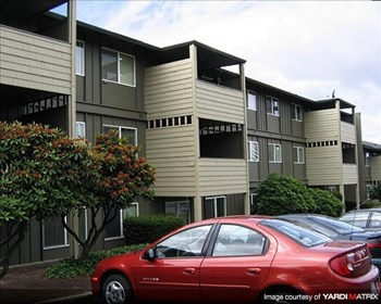 9050 SW Wash. Sq. Rd 1-2 Beds Apartment for Rent Photo Gallery 1