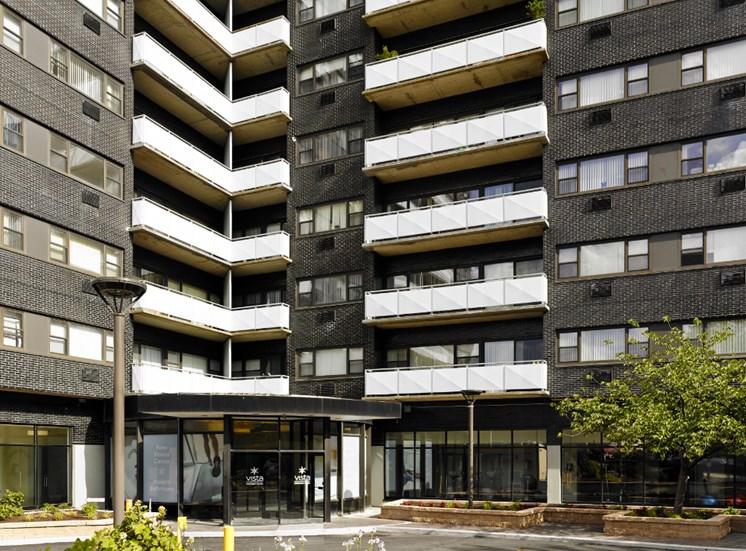 Vista Apartment Homes Picture