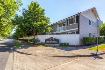 1255 Mcdaniel Lane SE 1-2 Beds Apartment for Rent Photo Gallery 1