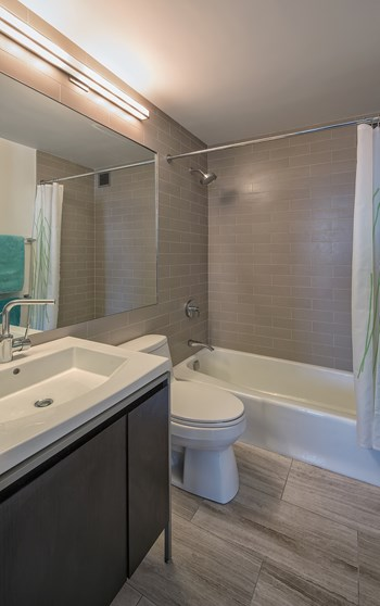 201 E. 86th Street 1 Bed Apartment for Rent Photo Gallery 1