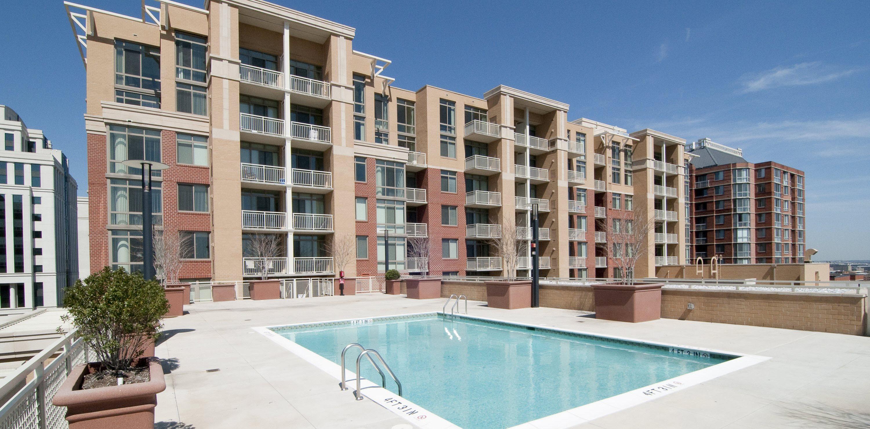 Groovy The Palatine Apartments Apartments In Arlington Va Download Free Architecture Designs Ferenbritishbridgeorg