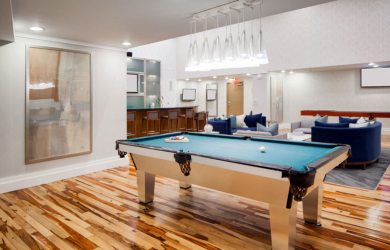Lounge, Apartments in Washington, D.C