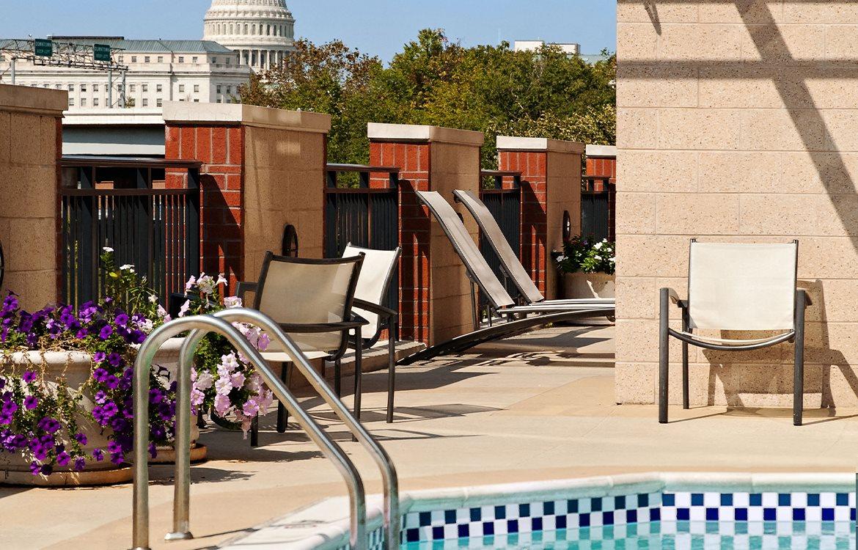 Pool, Apartments in Washington, D.C