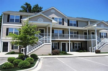 1051 Southern Drive 1-4 Beds Apartment for Rent Photo Gallery 1