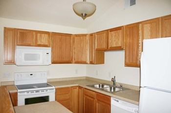 6326-6348 Maywick Drive 1-3 Beds Apartment for Rent Photo Gallery 1
