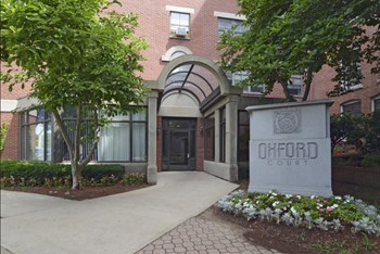 One Coolidge Place 2 Beds Apartment for Rent Photo Gallery 1