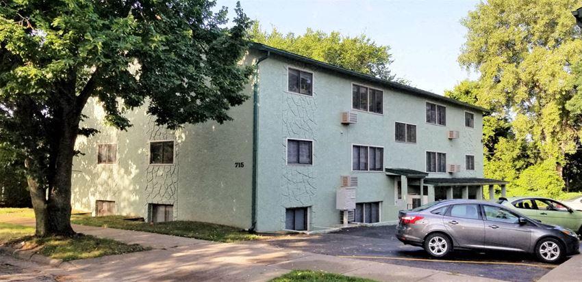 715 N 9th St | 2 BR | 1 Bath | Apartment |Three Sixty Real Estate