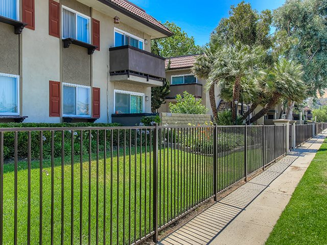 Screened patio/balcony at Sage Creek Apartment Homes, California, 93063