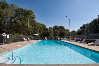 639 Archdale Dr. 1-3 Beds Apartment for Rent Photo Gallery 1
