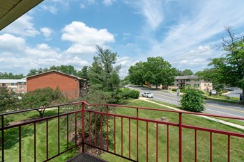 2316 Brooks Drive 3 Beds Apartment for Rent Photo Gallery 1