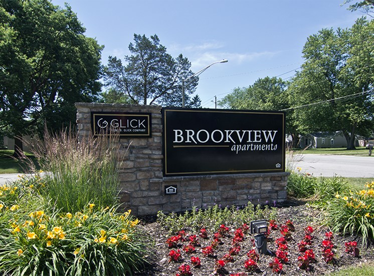 Brookview property entrance sign