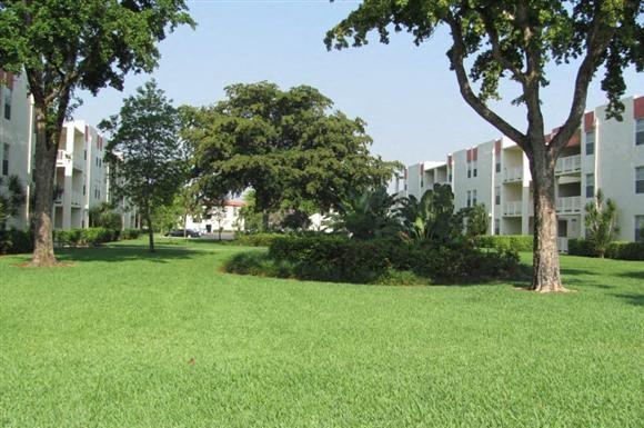 Cambridge Square Apartments Lauderdale Lakes FL