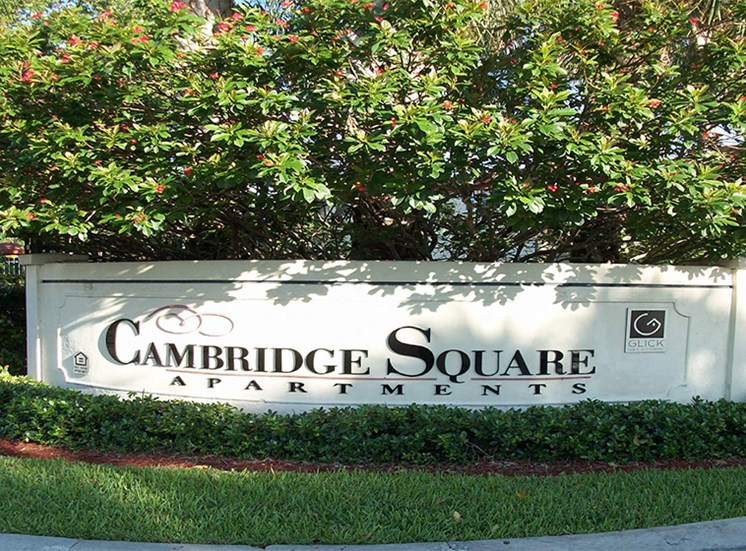 Welcome to Cambridge Square Lauderdale Lakes!