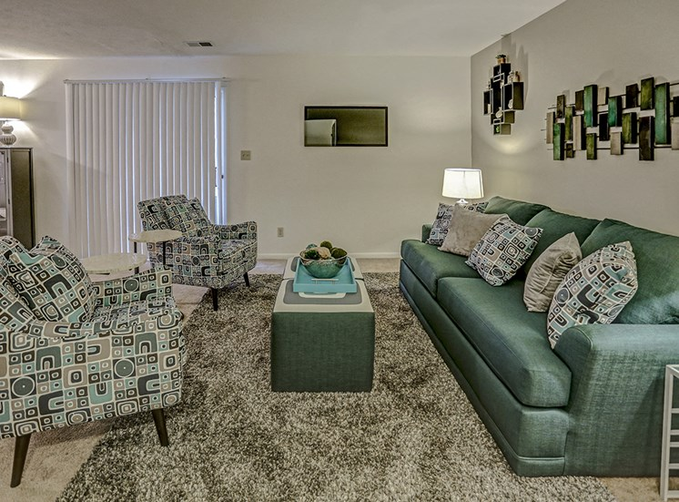 Mishawaka Apartment with Living Room