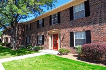 5569 Ryewyck Court 1-3 Beds Apartment for Rent Photo Gallery 1