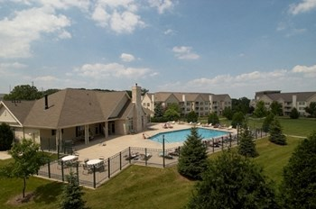 8561 Greenway Blvd. 1-2 Beds Apartment for Rent Photo Gallery 1