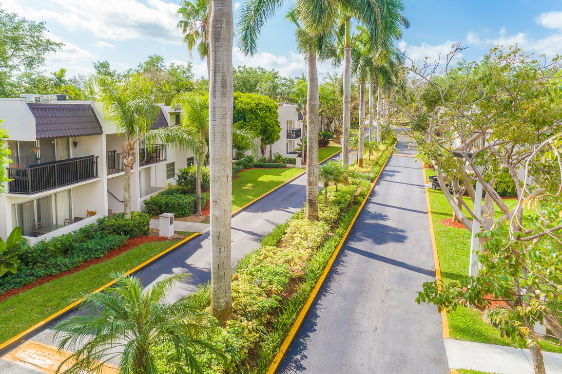 9856 SW 88th Street 1 3 Beds Apartment For Rent Photo Gallery 1