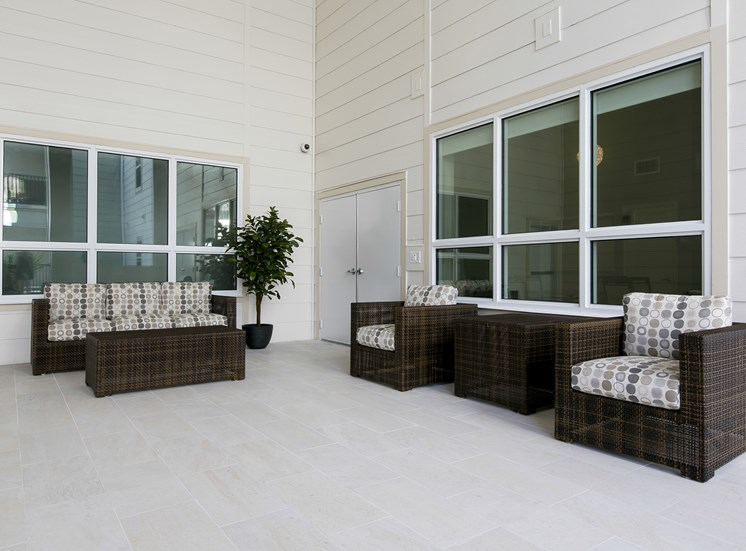 Harbour's Edge Senior Apartments for rent in St. Petersburg, FL. Make this community your new home or visit other Concord Rents communities at ConcordRents.com. Sitting area