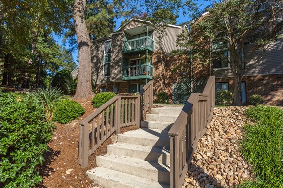 The Villages Of Lake Boone Trail Apartments 2515 Landmark Drive Raleigh Nc Rentcaf