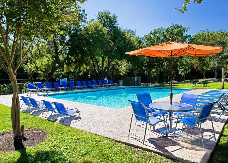 sparkling pool 5 | Avesta Agave Falls Walnut Creek Apartments in Austin, TX